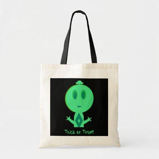 Un petit homme vert, des bonbons ou un sort sacs fourre-tout