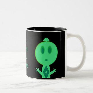 Un petit homme vert mug bicolore