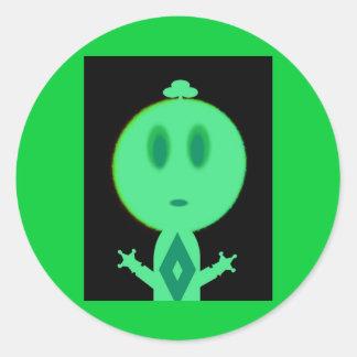 Un petit homme vert sticker rond