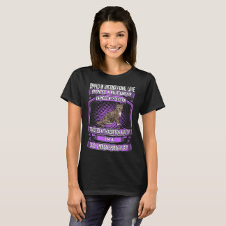 Unconditional Love Crazy American Shorthair Lady T-Shirt