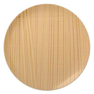 Uncooked spaghetti plate