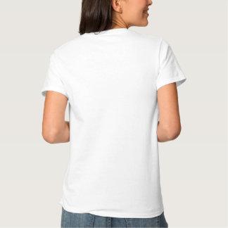 Une pièce en t blanche simple simplement plus t shirt