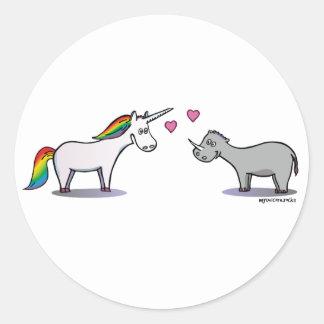 Unicorn and rhinoceros fall in love classic round sticker