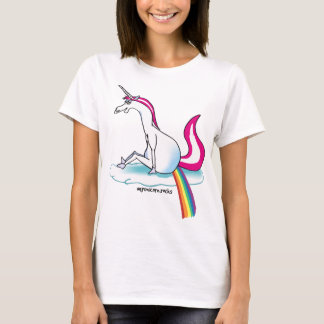 Unicorn pooping Rainbow - unicorn pubst rainbow T-Shirt