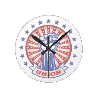 Union Fist 817 Round Clock