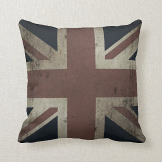 Union Jack (faded vintage distressed look) Throw Pillow