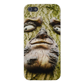 Unique face carving on tree iphone 5 cover