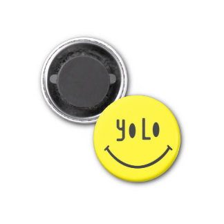 Unusual YOLO smiley face 1 Inch Round Magnet