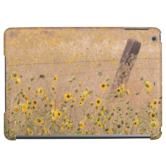 USA, California, Adin. Barbed-Wire Fence Cover For iPad Air