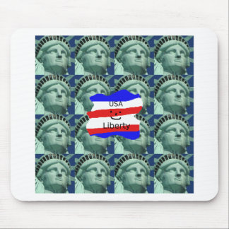 USA Flag Colors With Statue Of Liberty Mouse Pad
