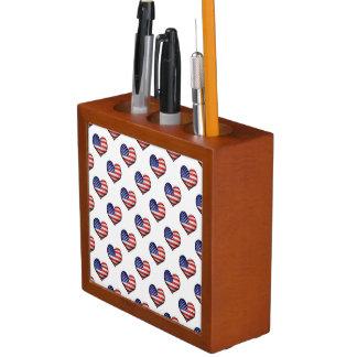 Usa Grunge Heart Shaped Flag Pattern Desk Organizer