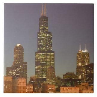USA, Illinois, Chicago: City Skyline / Evening Tile