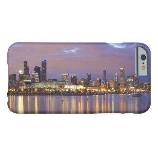 USA, Illinois, Chicago, City skyline over Lake 5 Barely There iPhone 6 Case