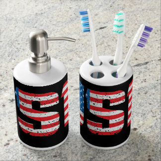 USA in distressed lettering Bath Set