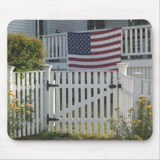 USA, Massachusettes, Gloucester: Patriotic Fence Mouse Pad