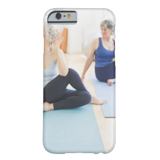 USA, New Jersey, Jersey City, Two senior women Barely There iPhone 6 Case