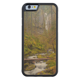 USA, Oregon, Columbia Gorge Carved® Maple iPhone 6 Bumper Case