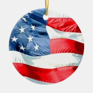 USA ROUND CERAMIC ORNAMENT