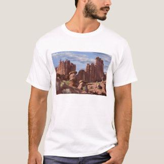 USA, Utah. View of Fisher Towers. Credit as: Don T-Shirt