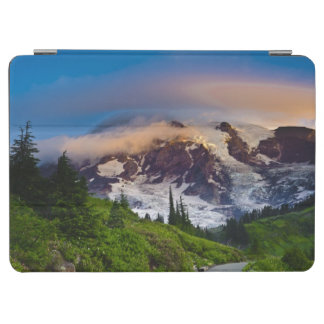 USA, Washington, Mt. Rainier. Morning sun iPad Air Cover