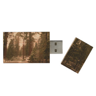 USB by Nature Wood USB Flash Drive