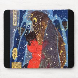 Utagawa country 芳 'Sakata robust child circle', Mouse Pad