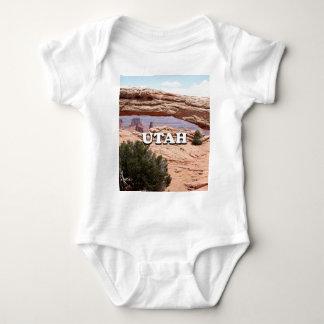 Utah: Mesa Arch, Canyonlands National Park, USA Baby Bodysuit