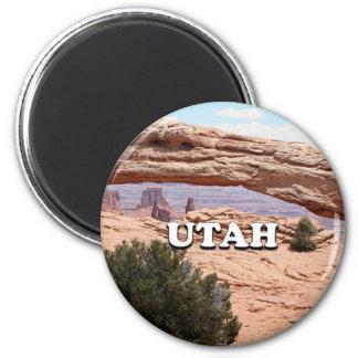 Utah: Mesa Arch, Canyonlands National Park, USA Magnet