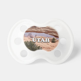 Utah: Mesa Arch, Canyonlands National Park, USA Pacifier