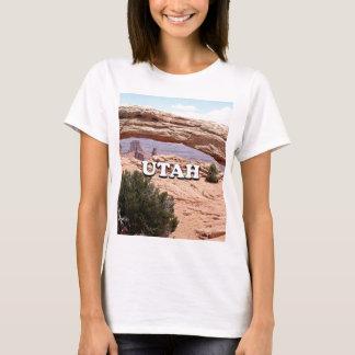 Utah: Mesa Arch, Canyonlands National Park, USA T-Shirt