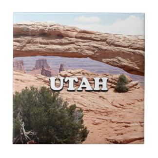 Utah: Mesa Arch, Canyonlands National Park, USA Tile