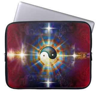V051 BaGua Dragons Laptop Sleeve