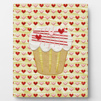 Valentine Cupcake with Heart Candles, Red, Pink Plaque