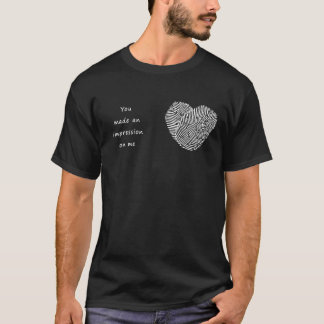 Valentine's Day Men T-shirt Heart Impression