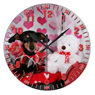 Valentine's Day - Trudy - Dachshund Wallclocks