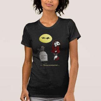 Vampire Love cute dolly broken heart nevermore T-Shirt