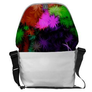 Vaughn Large Messenger Bag