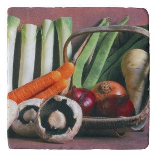 Vegetable trivet