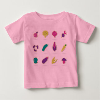 Veggie artistic T-Shirt with hand drawn Vegetable