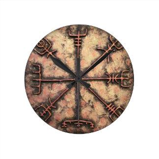 Vegvisir Round Clock
