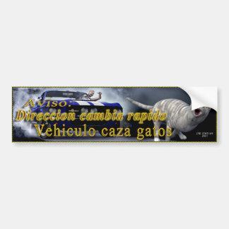 Vehiculo caza gatos bumper sticker