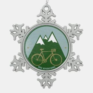 vélo de montagne froid alpin ornement flocon de neige pewter