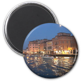 Venice at night magnet