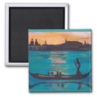 Venice gondoliers magnet