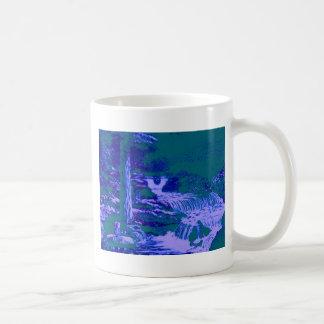 Vert bleu de forêt de jardins de cascades tasse