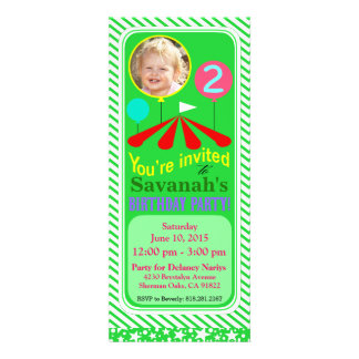 Vert de la fête d'anniversaire d'amusement de phot invitations