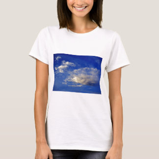 Very structured cloud in a beautiful blue sky T-Shirt