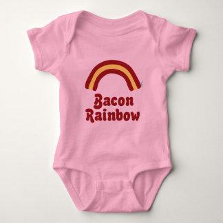 Vêtements de bébé d'arc-en-ciel de lard body