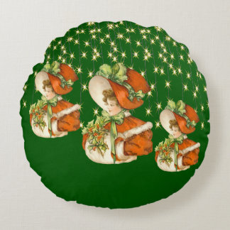 Victorian ChristmasLady Green w/Gold String Lights Round Pillow