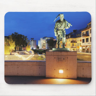 Victories miner Henner on the victory bank Mouse Pad